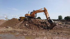"Hyundai 180LC-9 with Dappen screening bucket ""B34-1200-60S-W"""
