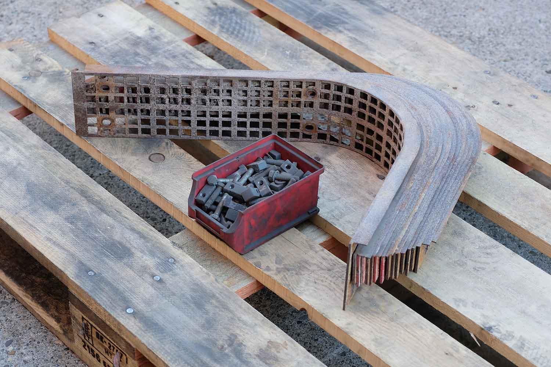 Dappen Werkzeug- und Maschinenbau | Produkte | Dappen Wechselsieb für B18 - 50er Masche Bild 2