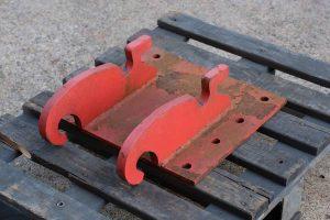 Dappen Werkzeug- und Maschinenbau | Produkte Dappen Adapterplatte Verachtert CW05 | rote Adapterplatte