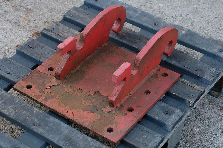 Dappen Werkzeug- und Maschinenbau | Products Dappen adapter plate Verachtert CW05 | red adapter plate Figure 3