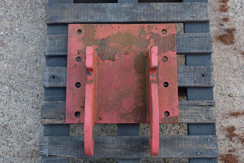 Dappen Werkzeug- und Maschinenbau | Products Dappen adapter plate Verachtert CW05 | red adapter plate Figure 2