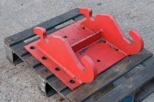 Dappen Werkzeug- und Maschinenbau | Produkte Dappen Adapterplatte Verachtert CW10 | rote Adapterplatte