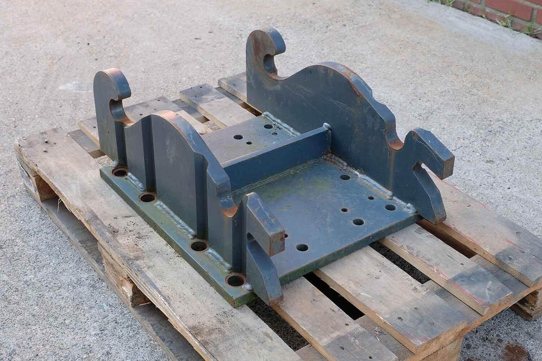 Dappen Werkzeug- und Maschinenbau | Produkte Dappen Adapterplatte Verachtert CW40S | graue Dappen Adapterplatte Bild 2